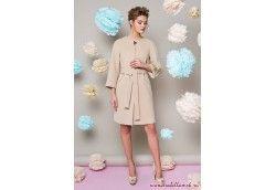 Модное женское пальто с вышивками