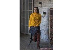 Желтый свитер ручной работы