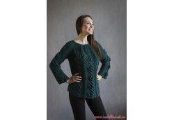 Изумрудный вязаный свитер