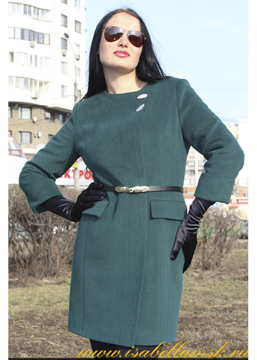 Зелёное стильное пальто без воротника