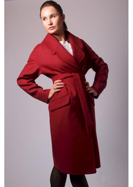 Женское пальто халатного типа