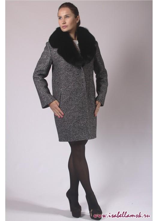 Прямое зимнее пальто в стиле кокон