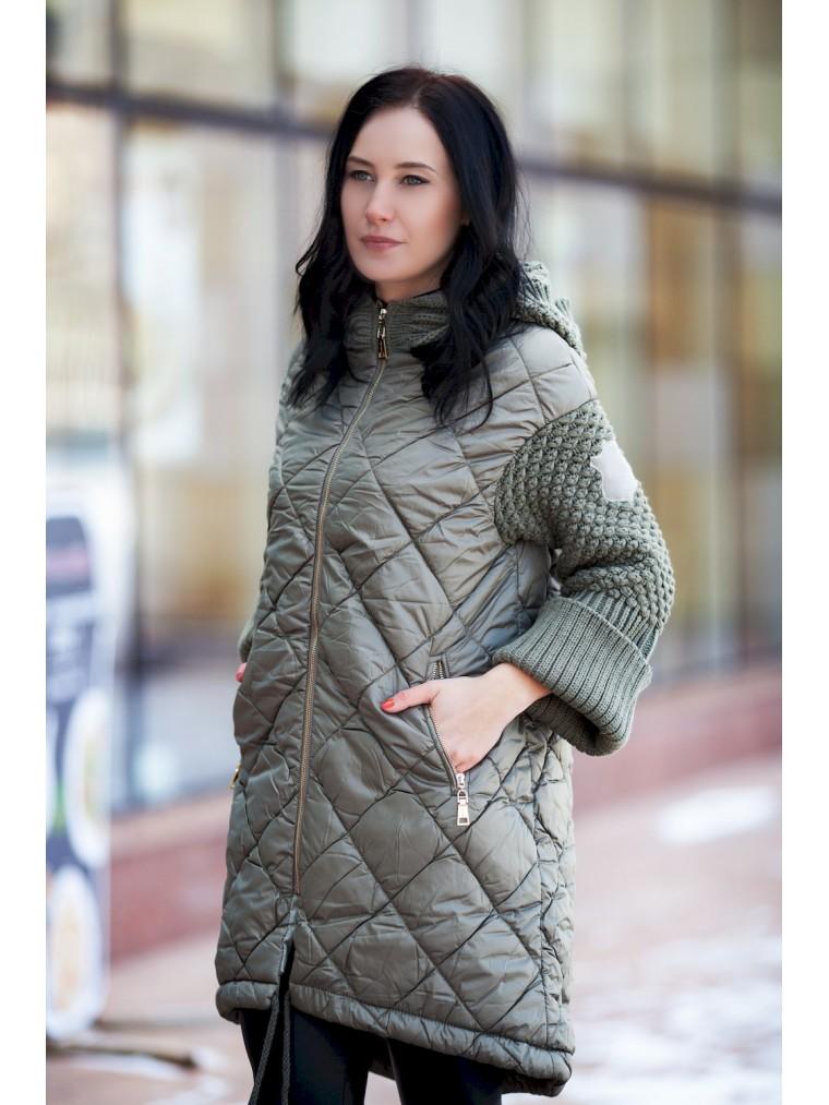 d8bf544b11e Модная женская куртка на синтепоне купить пальто в Москве интернет ...