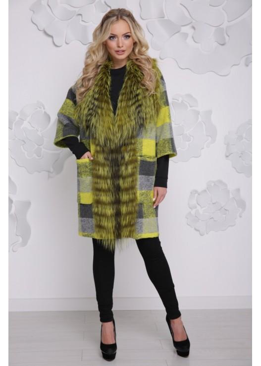Стильное пальто из ангоры мех чернобурка