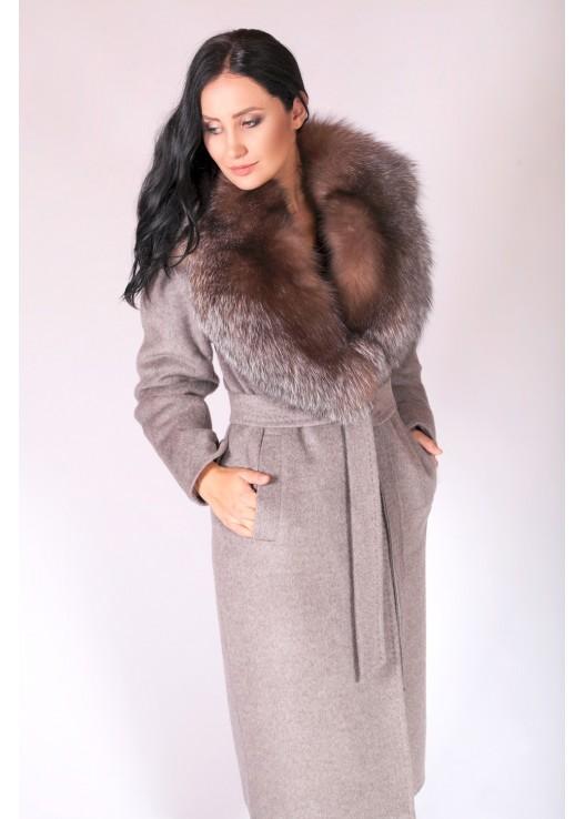 Зимнее женское пальто с чернобуркой
