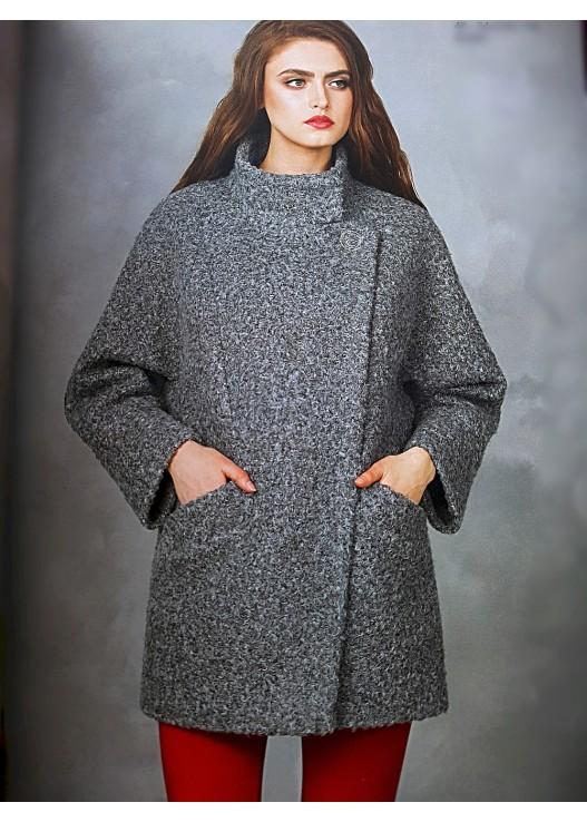 Короткое пальто из шерсти букле