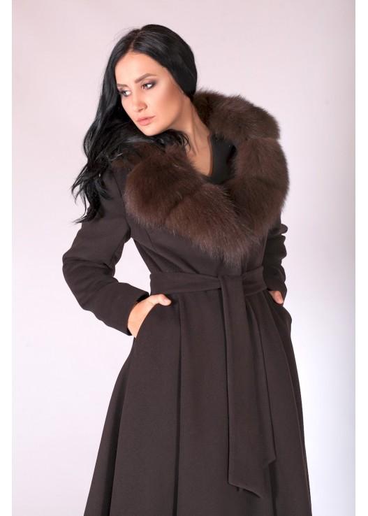 Пальто зимнее женское с меховым воротником