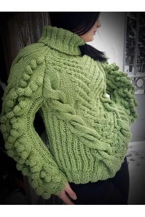 07c154afb6c Вязаный свитер спицами зелёный с шишками ...
