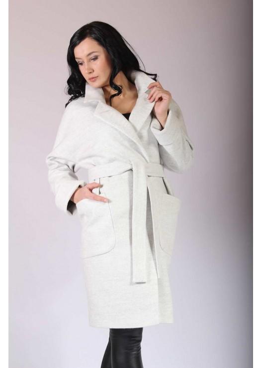 Стильное пальто реглан