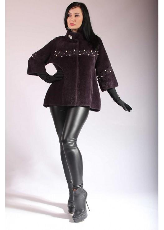 Короткое женское пальто на весну 2019