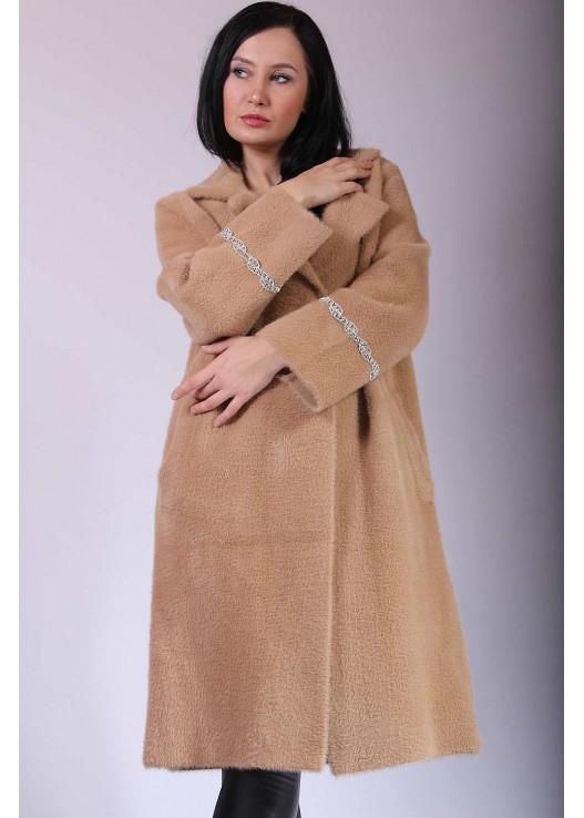 Прямое женское пальто на Весну