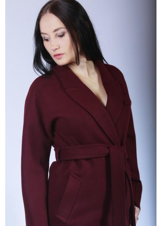 Бордовое женское пальто халат