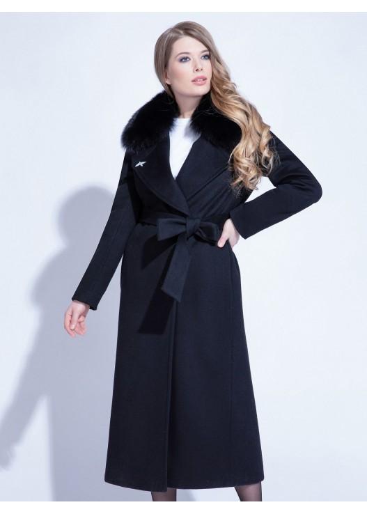 Длинное зимнее пальто с мехом