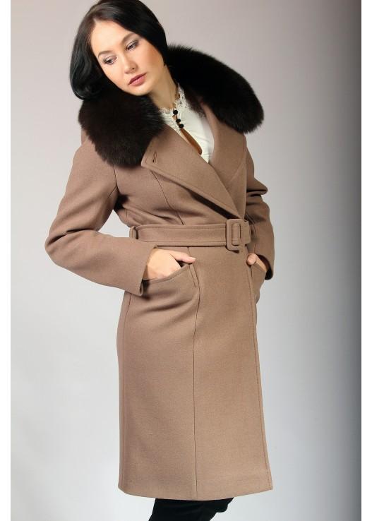 Стильное зимнее пальто на утеплителе