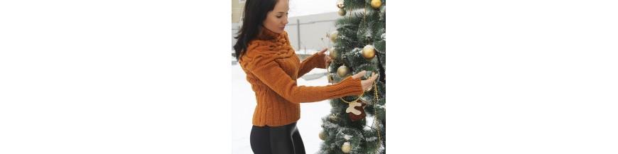 Вязаные пальто и свитера ручной работы